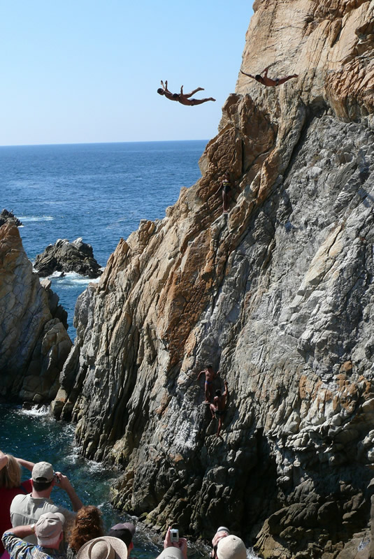 "Autor foto: cello5 ""Acantilados de Acapulco"""